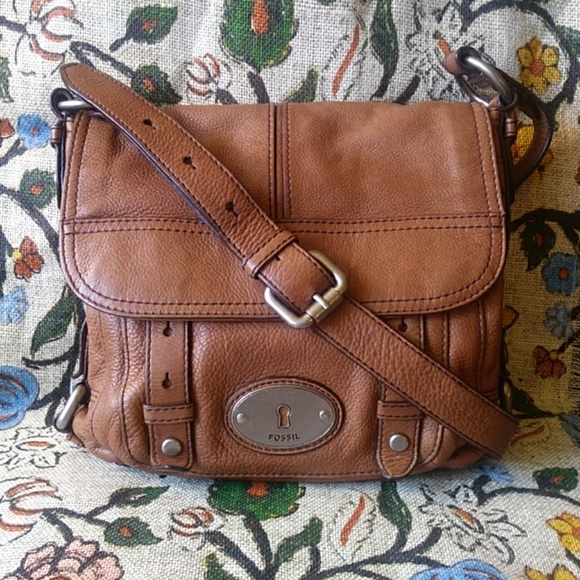 "Fossil Handbags - FOSSIL ""Long Live Vintage 1954"" Messenger"